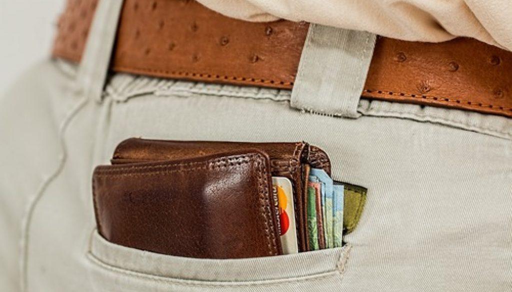 plånbok i bakficka